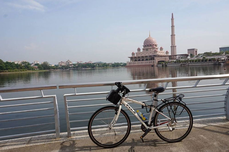 Putrajaya guided bicycle tour
