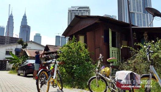 Mengayuh Sepeda Menyusuri Jejak Masa yang Tersembunyi di Kuala Lumpur